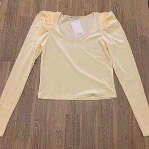 NWT Monki Yellow Velvet Top Small